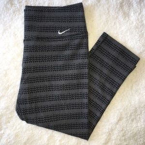 Nike Cropped Dri-fit Leggings